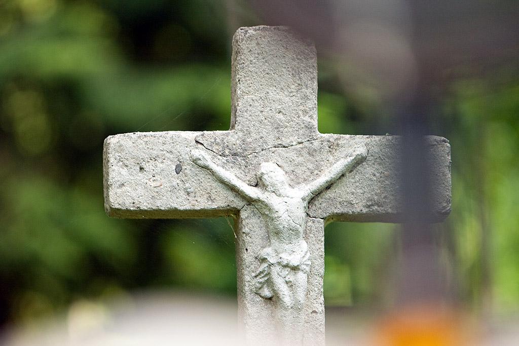 Bieszczady 2010 - lato - cmentarz w Berehach Górnych